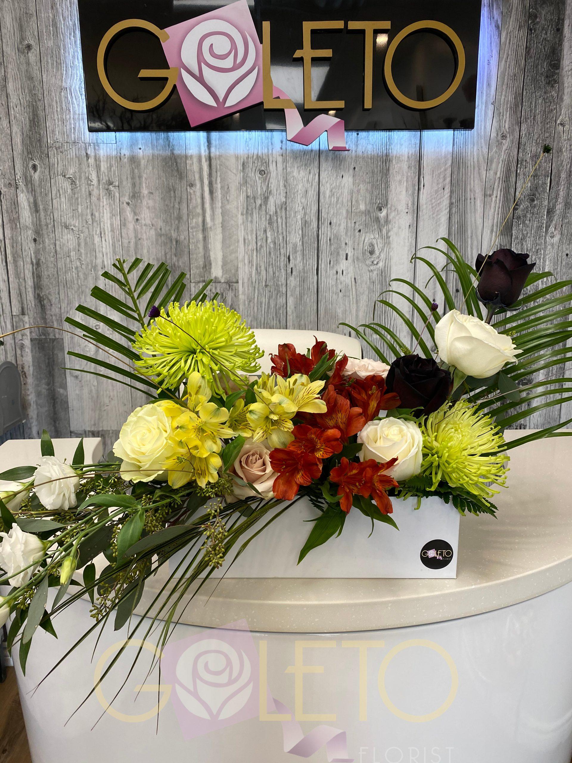 Goleto Flower Shop - Flowers in a box